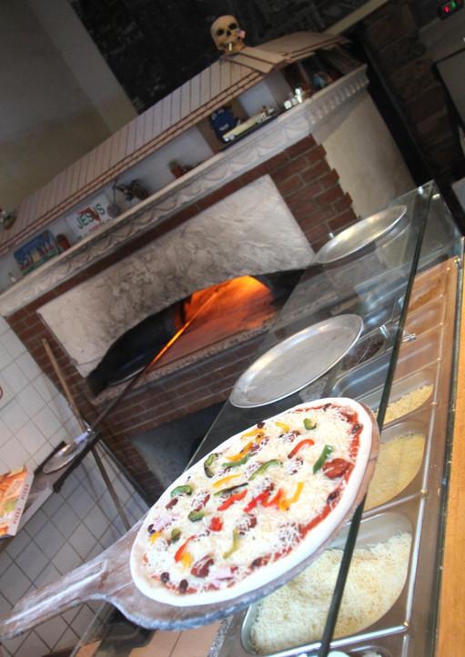 Allo Mistral Pizza Toulon Pizzas En Livraison Ou A Emporter 04